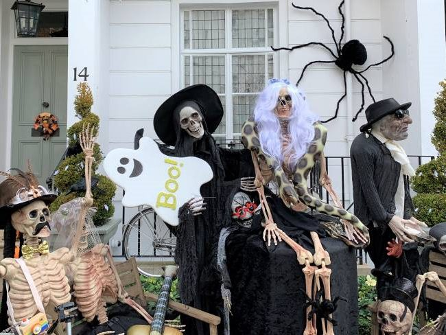 Epic Halloween Porch Decorations