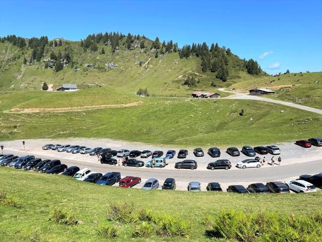 Col de Joux Plane Parking
