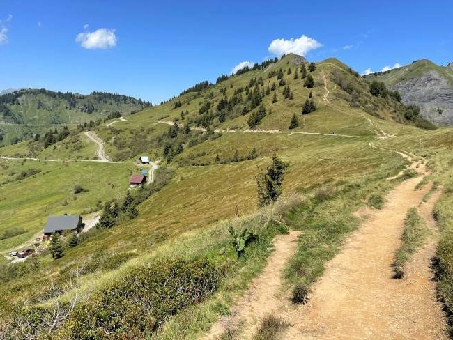 Family hike French Alps - Chalets de Mapellet