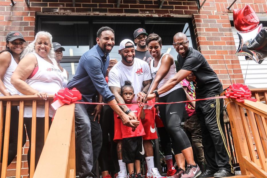 """Celebrity Trainer Darrell """"DP"""" Patterson Grand Opening Weekend Celebration of HX Fitness w/ Atlanta City Councilman Andre Dickens, CBS 46's Sharon Reed, HOT 107.9's J.Nicks"""
