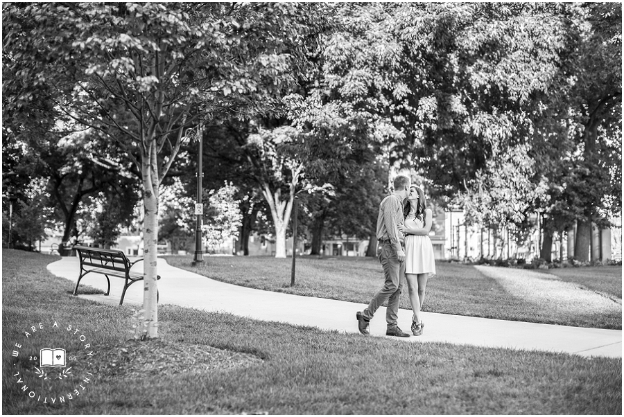 cincinnati-engagement-wedding-photographer-washington-park-otr-engagement-photos-www-weareastory-com_2297