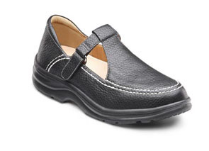 a woman's orthopedic shoe on the website of Saunders Prosthetics and Orthotics Group in the Villages of Lady Lake