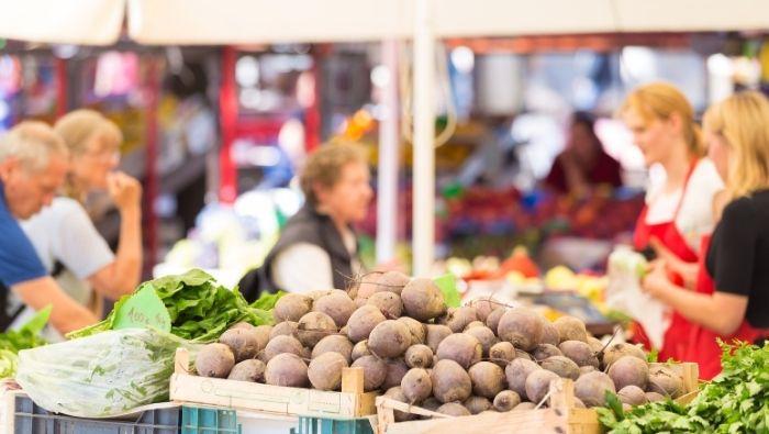Tips for Saving Money at Farmers Markets photo