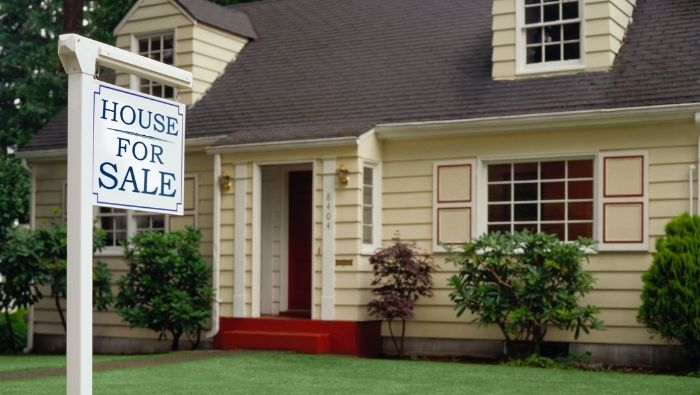 Realtor Tips for Preparing Your Home for Sale photo