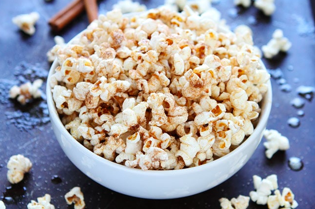 Cinnamon-Sugar Popcorn, A Sweet Movie Night Snack!