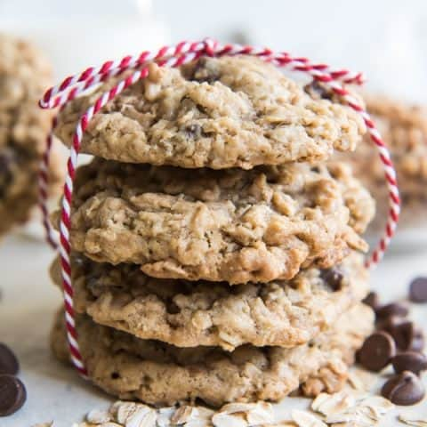 Oatmeal Dark Chocolate Chip Cookies