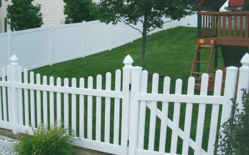 4 foot white picket fence