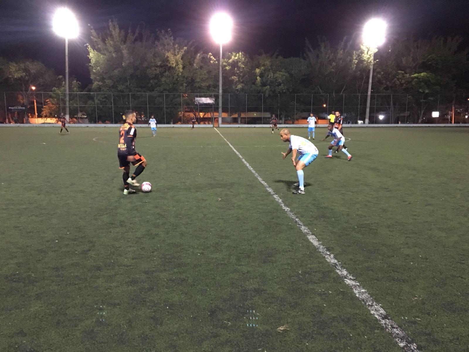 Nos pênaltis, Favela bate o Nova Conquista e avança na Copa Leões 2018