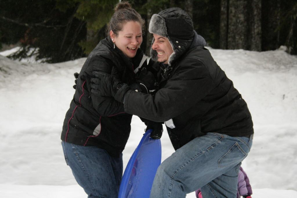 Snowball fight! -A sweet adventure