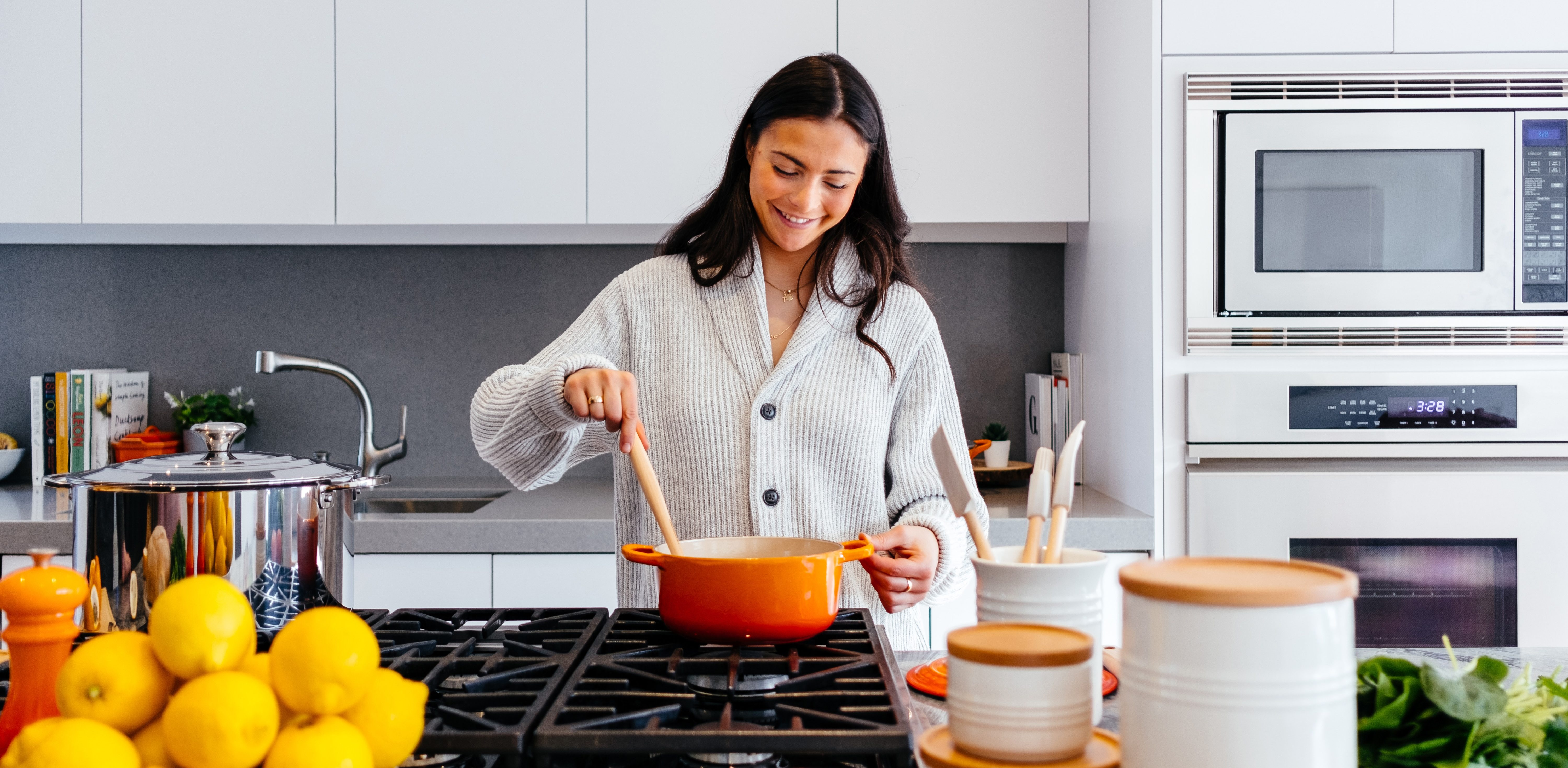 4 Reasons to Consider Ceramic Cookware