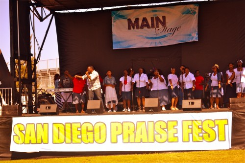 Total Deliverance Church Choir perform at the Sixth Annual San Diego Praise Fest