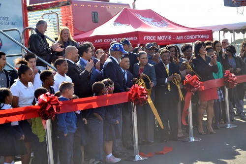Tuskegee Airmen, Nelson Robinson, Alphonso Harris and District 4 Councilmember, Myrtle Cole on hand to cut ribbon.
