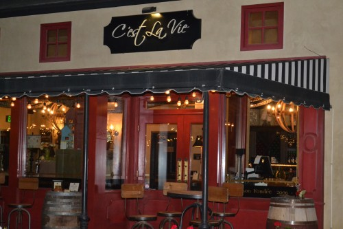 C'est La Vie cafe and gift shop.