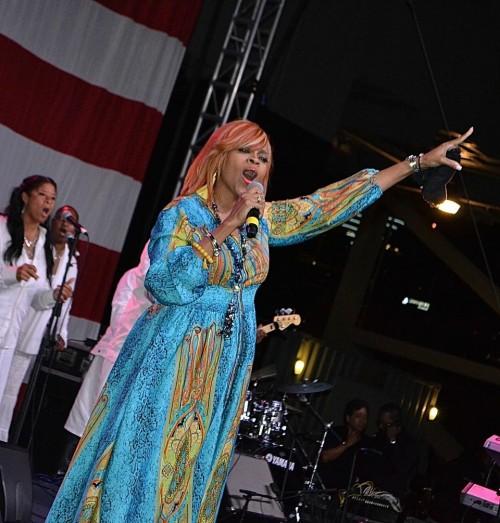 Award winning artist, Karen Clark-Sheard,  performs aboard the U.S.S. Midway