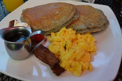 Cornmeal Flapjacks (Pancakes).