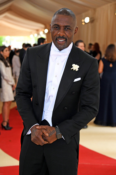 """Idris Alba , smooth as chocolate, attends the """"Manus x Machina: Fashion In An Age Of Technology"""" Costume Institute Gala at Metropolitan Museum of Art on May 2, 2016 in New York City."""