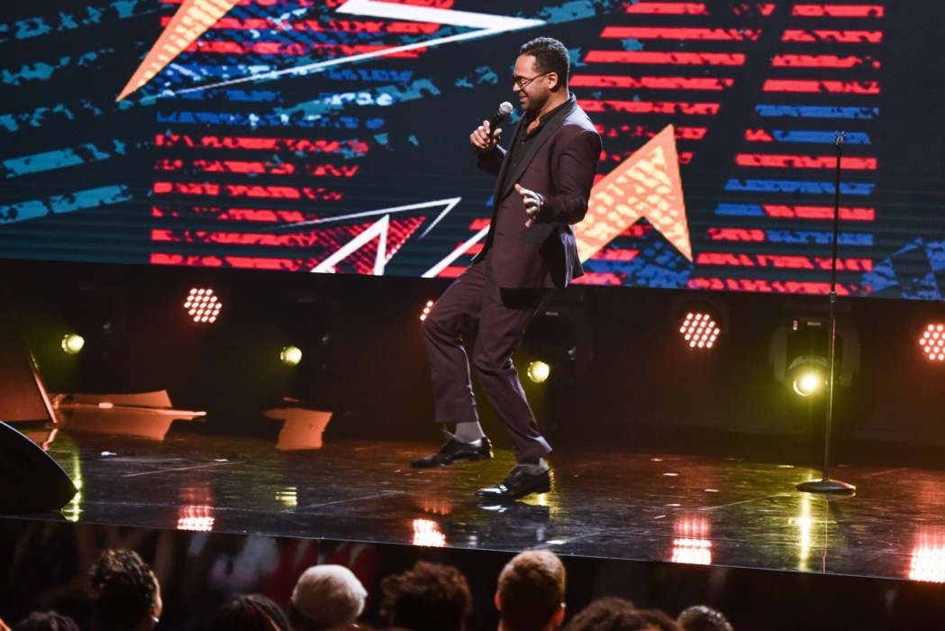 SHOWTIME AT THE APOLLO: Mike Epps performs at the Apollo Theater for SHOWTIME AT THE APOLLO airing Monday, Dec. 5 (8:00-10:00 PM ET/PT) on FOX. CR: Anthony Behar/Fox