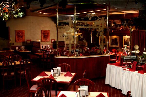 V's Dining Area