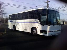 36passmotorcoachexterior