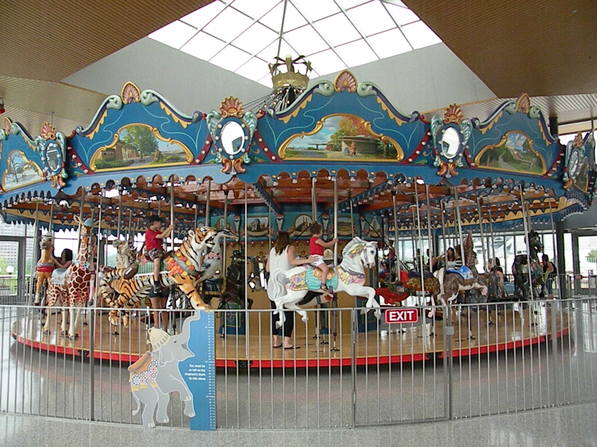 Smale Riverfront Park opens (Carousel too)