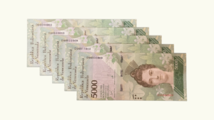 Venezuela 5000 Bolívares Fuertes, Dic-13-2017, Serie D8  UNC  (1/2 ESCALERA DE CAPICUAS) (CINTA DELGADA)