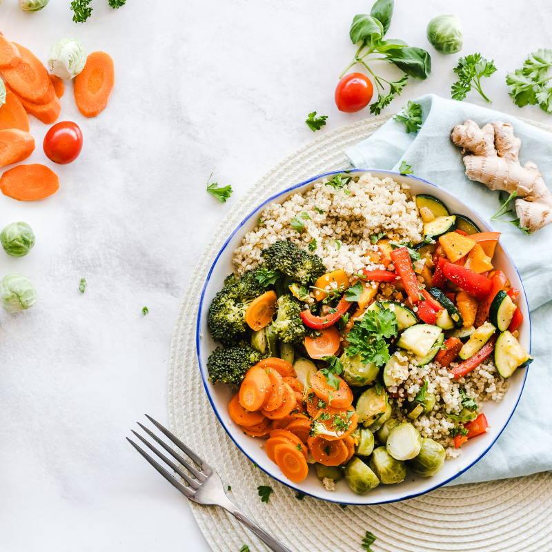 dieta-ajurwedyjska-kolorowy-posilek