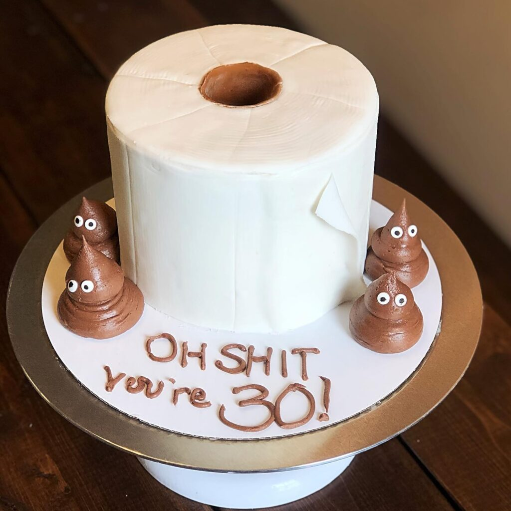 sweets-by-haley-toilet-paper-cake
