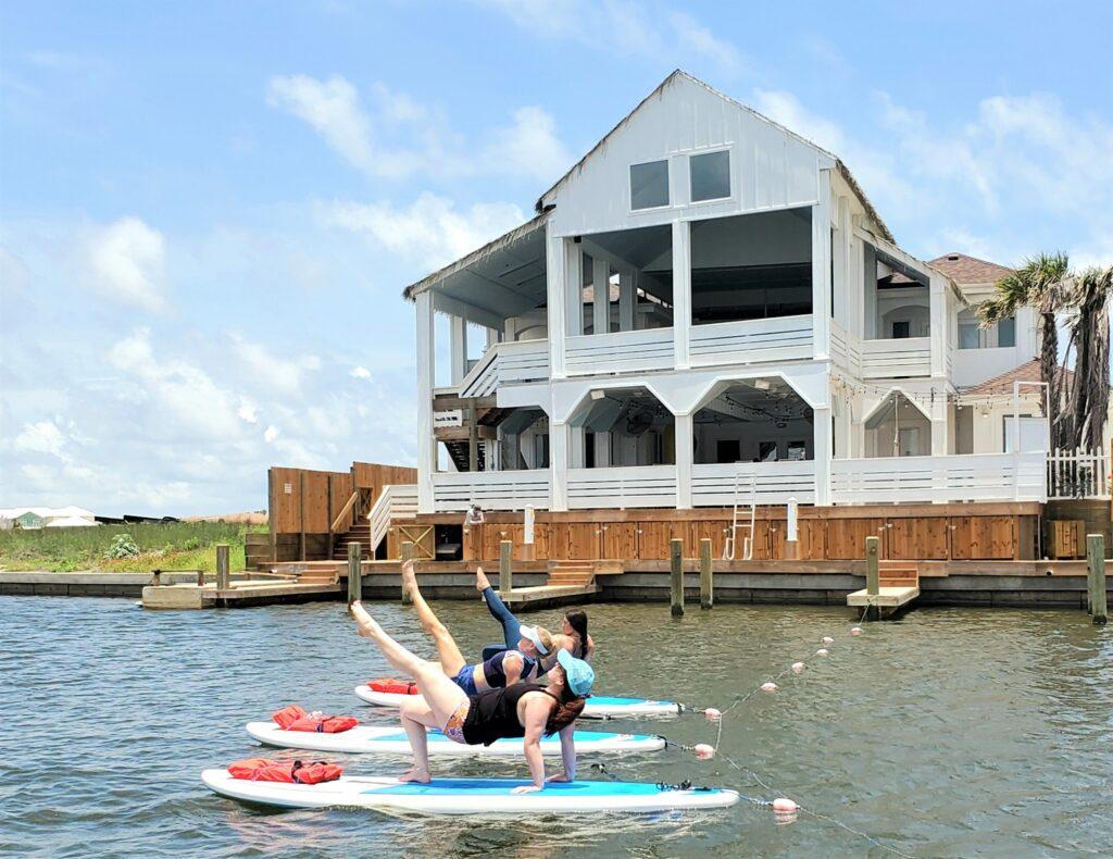 SUP Yoga at Aruba Bay on NPI