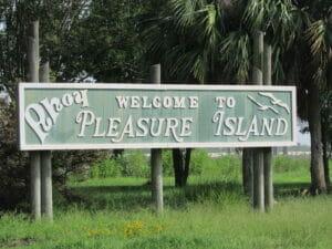 Pleasure Island TX 01