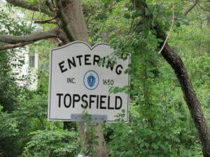 Topsfield MA 01