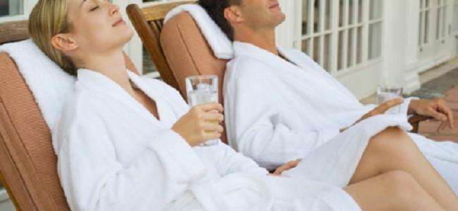 Eight Ways to Save Money on Your Honeymoon