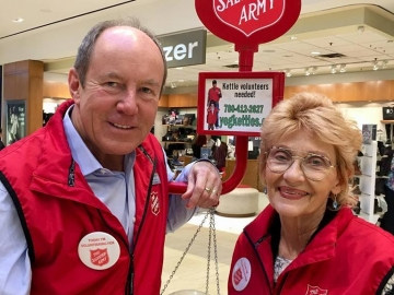 Great to help at the Salvation Army kettle at Londonderry Mall raising a few dollars for a good cause - November 30, 2018