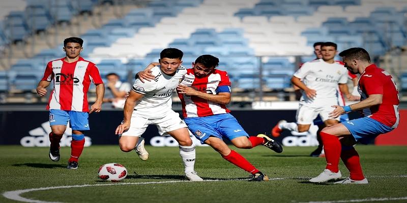 VÍDEO | Highlights | Real Madrid Castilla vs Navalcarnero | 2ª División B – Grupo I | J6