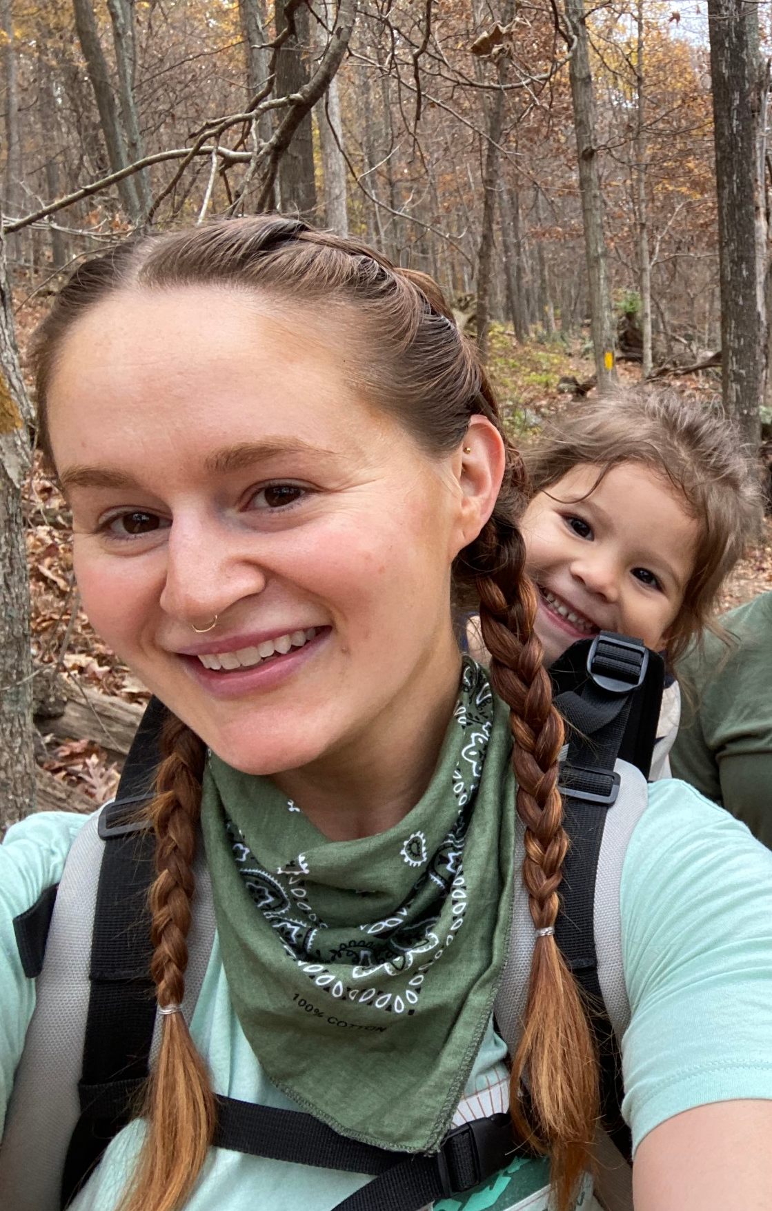 Erin Fortuni hiking with daughter