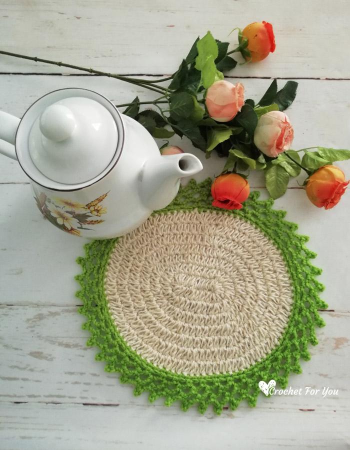 Crochet Oval Table Mat with Jute Hemp - free pattern