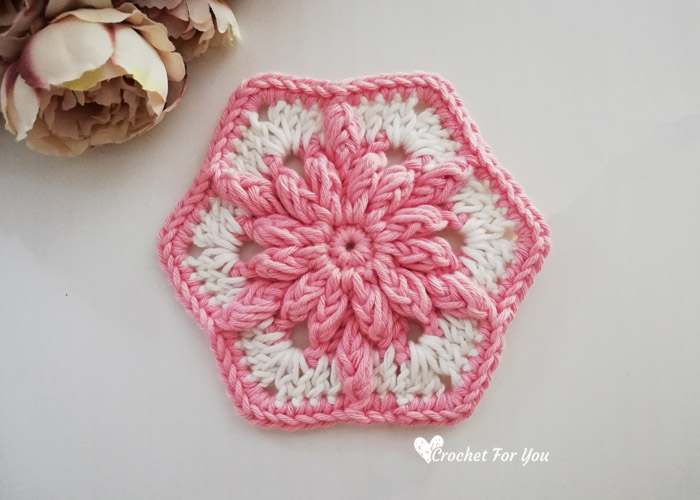 Bobble Drops Flower Hexagon