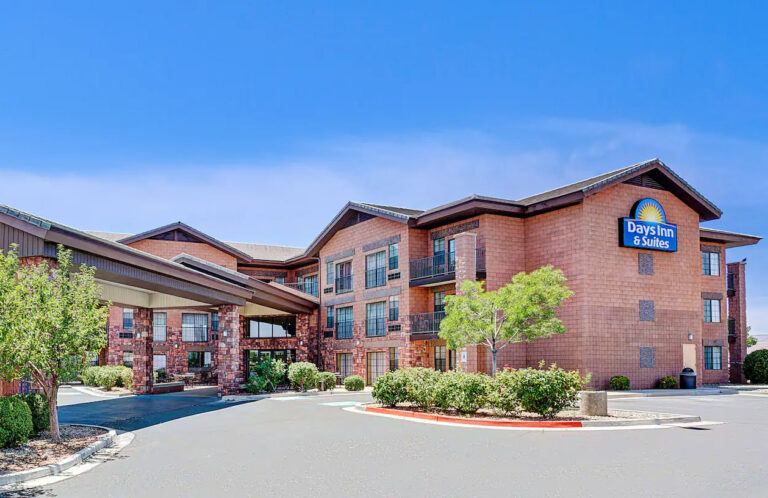 Lake Powell Days Inn & Suites