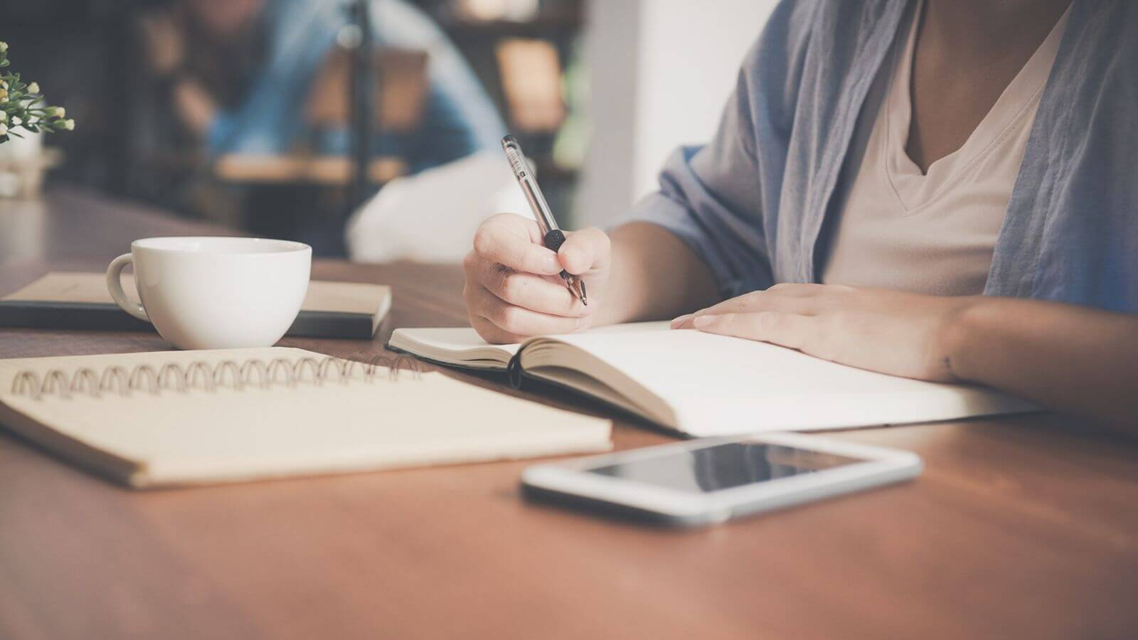Why should you Hire an Article Writing Service from Vital Utility