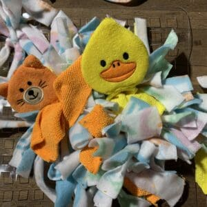 make a snuffle mat for canine enrichment