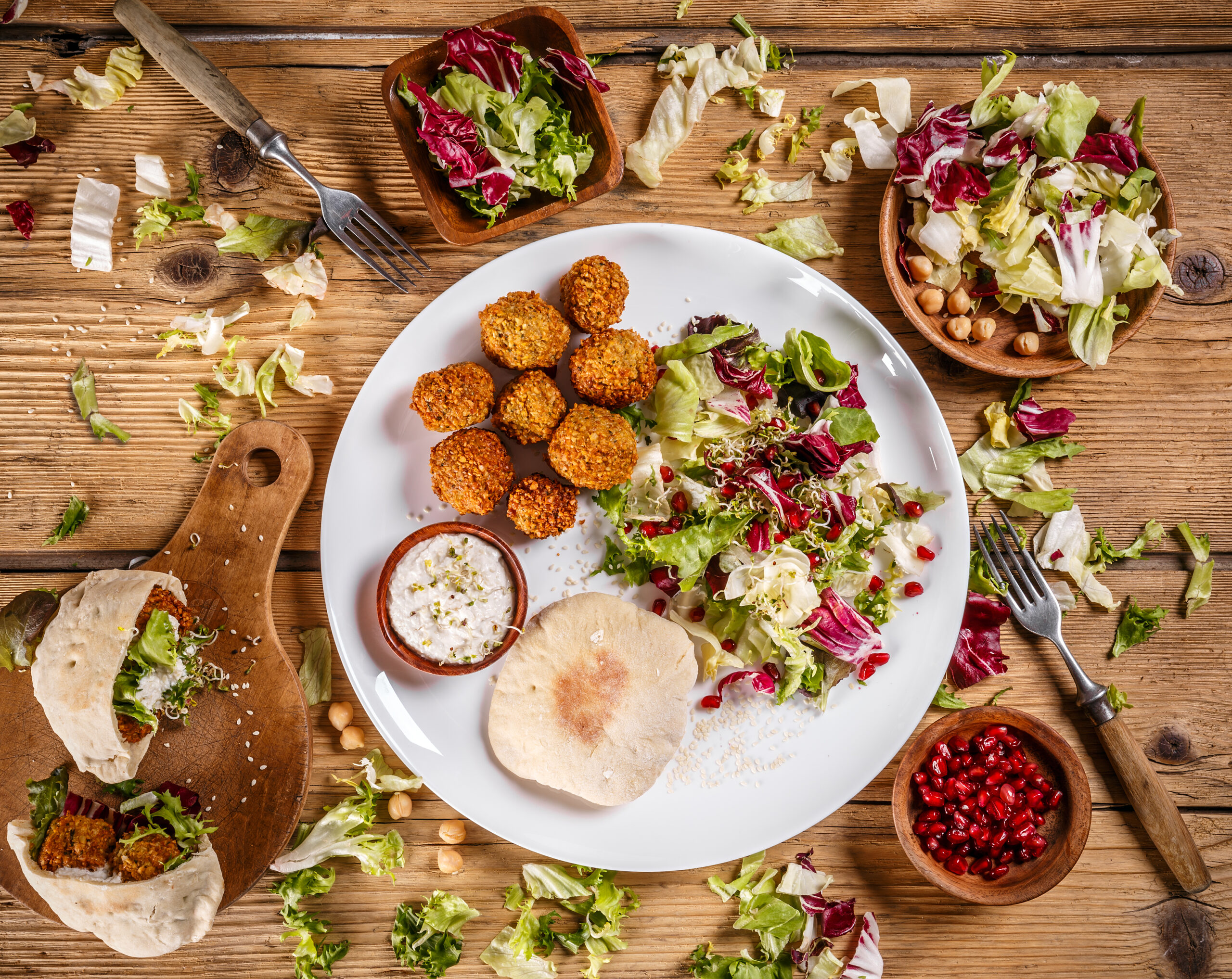 Plate of traditional falafel patties