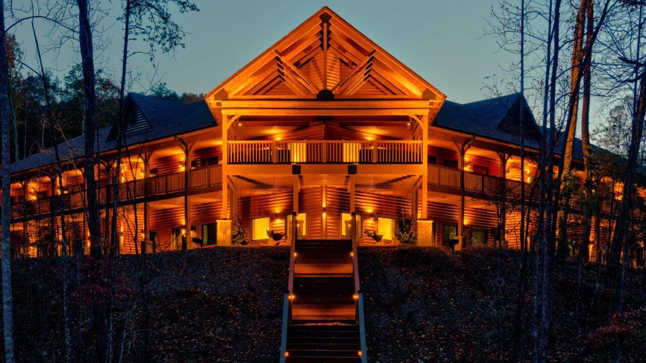 camp_woodlands_complete_dark