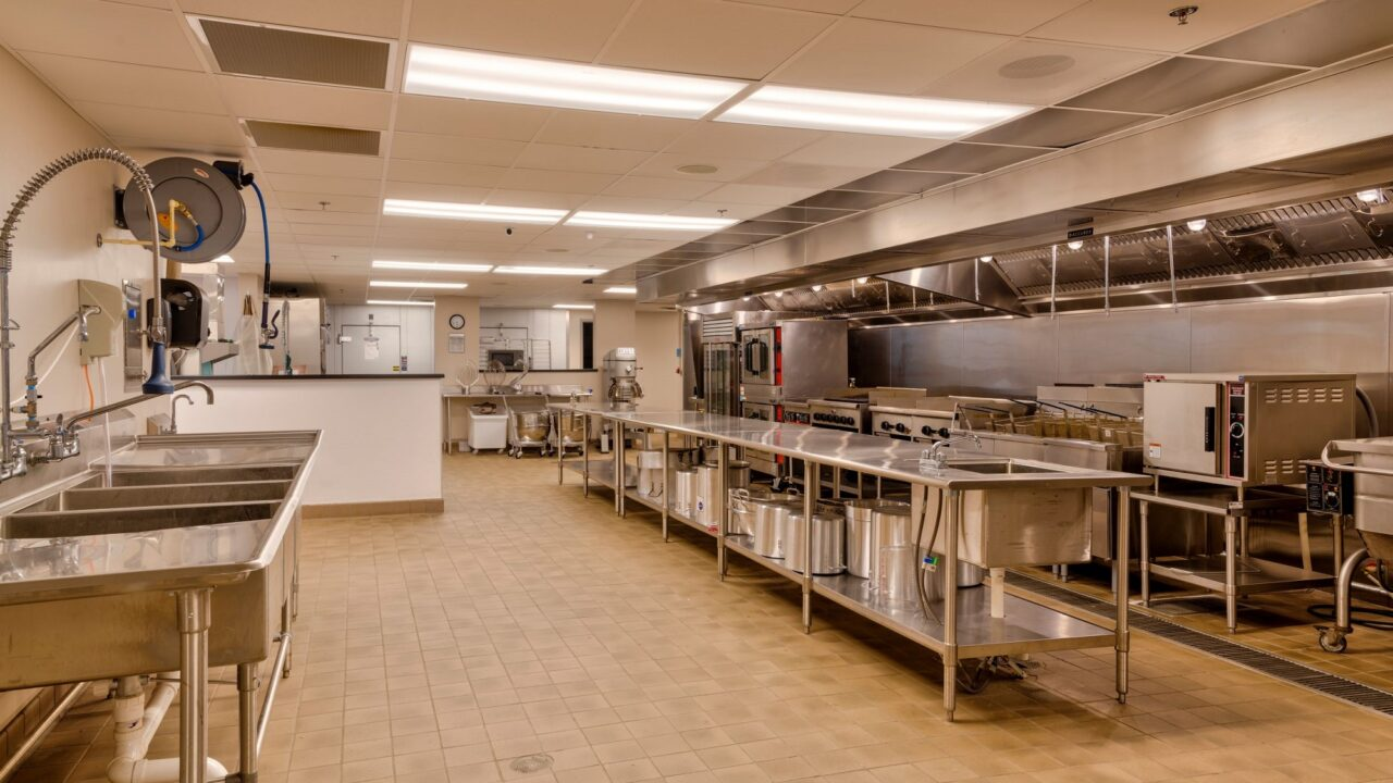 Dining Hall - _RWH4612_3_4_5_6 - Kitchen