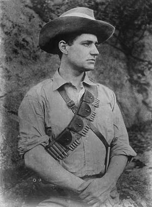 Captain Fritz Joubert Duquesne, Boar soldier, circa 1900