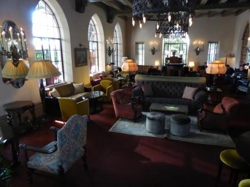 Chateau Bar & Lounge