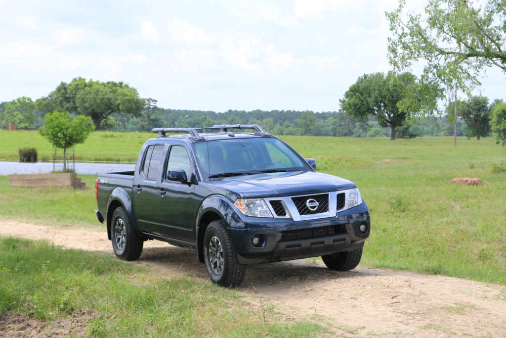 2019 Nissan Pathfinder is the little truck that and and DOES
