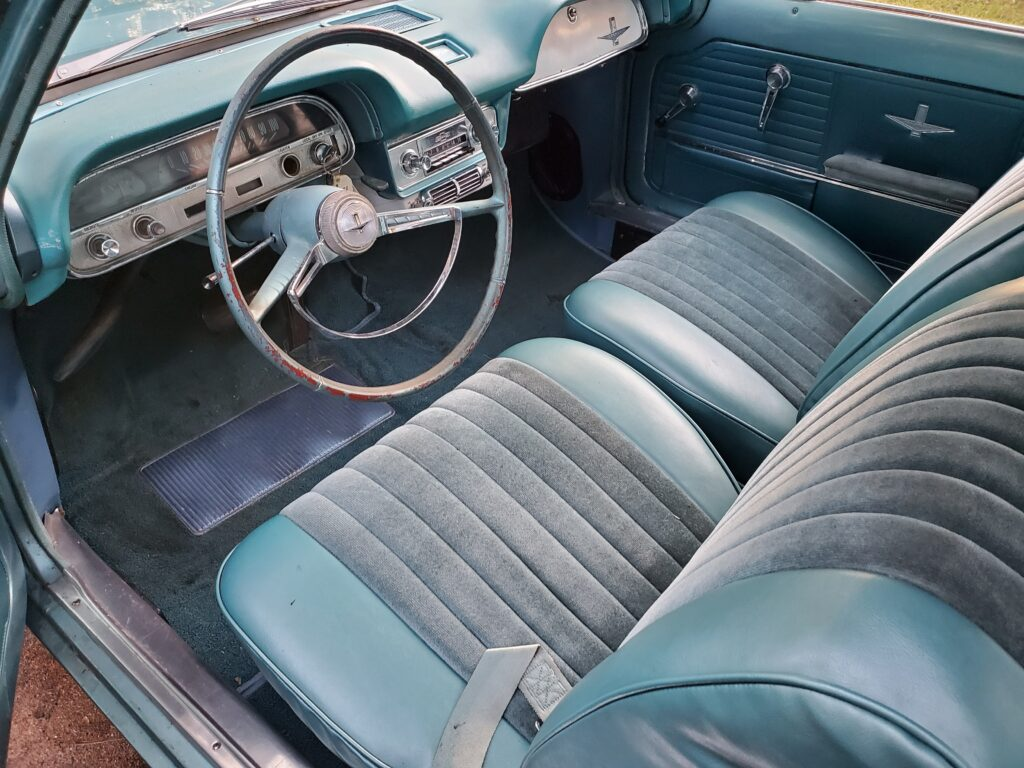 A complete AC installation in my friend Ignacio's '64 Coupe with a hidden trunk condenser