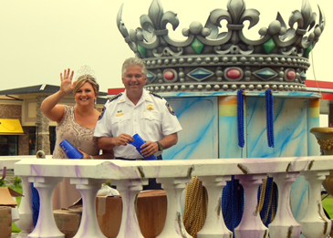 Sheriff James Pohlmann and his wife, Monique Pohlmann, reigned as the King and Queen of the parade.