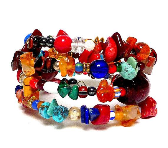 Bracelets helping animals