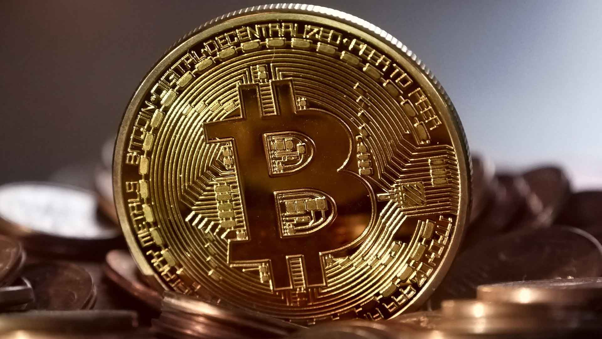 The Rise of Cryptocurrencies: Will Bitcoin Become the Next Gold?