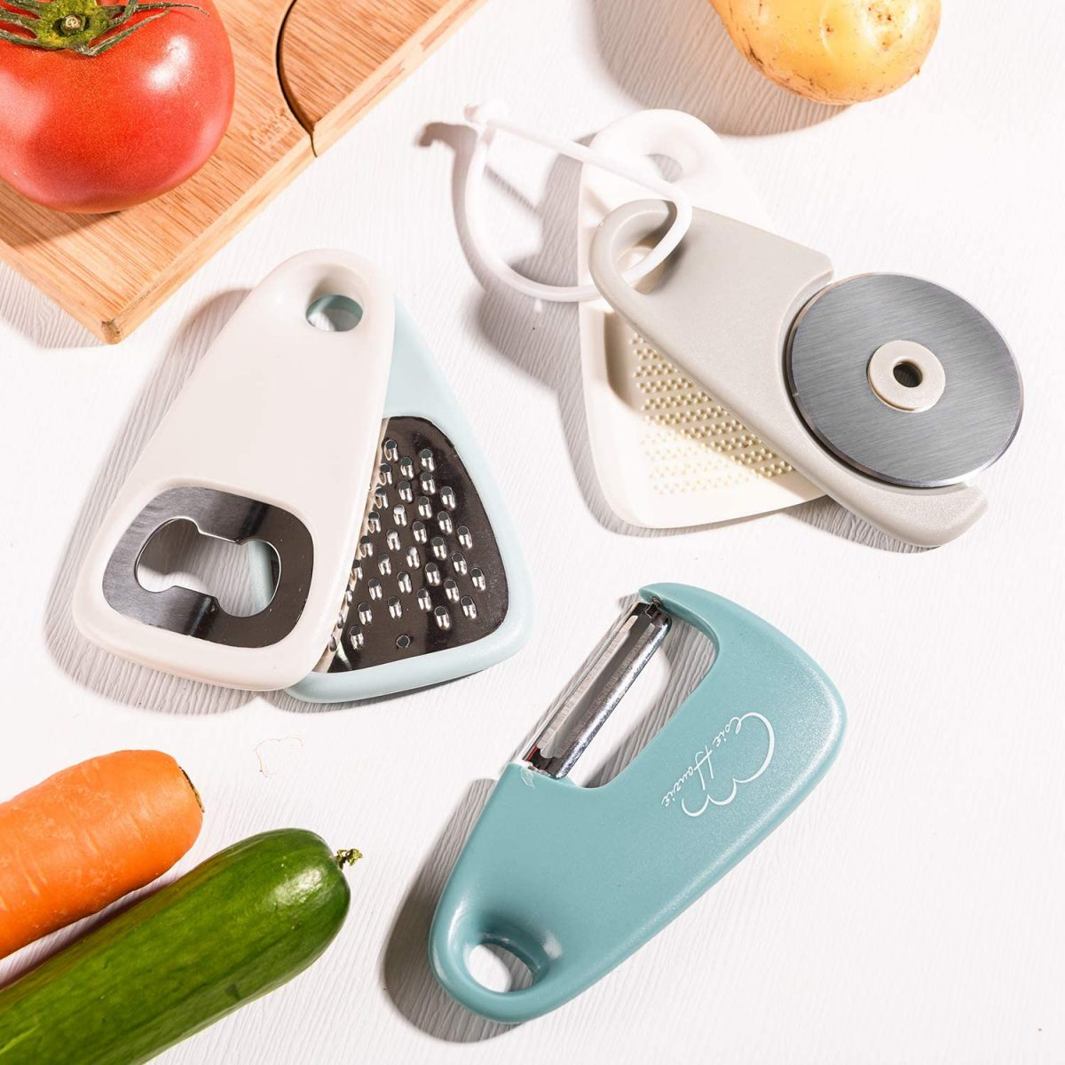 Kitchen Gadgets for your Skoolie